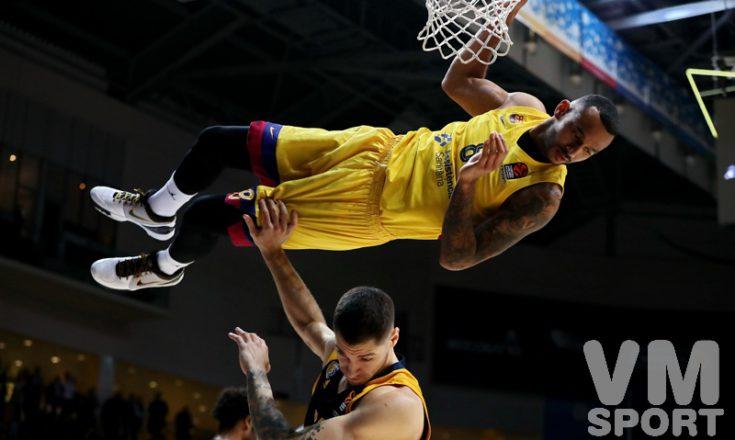 «Барселона» не сгорела под жёлто-синим пламенем «Химок»