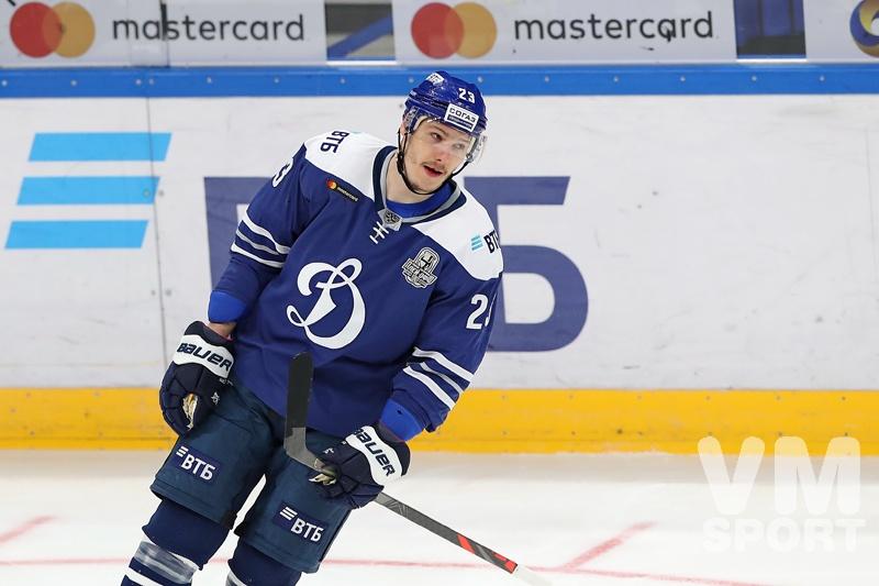 """Дмитрий Яшкин: """"Нормально, что решающие шайбы забивают хоккеисты из первого звена"""""""
