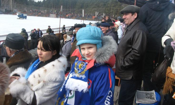 А вот была поездочка. Иркутск. Хоккей с мячом.