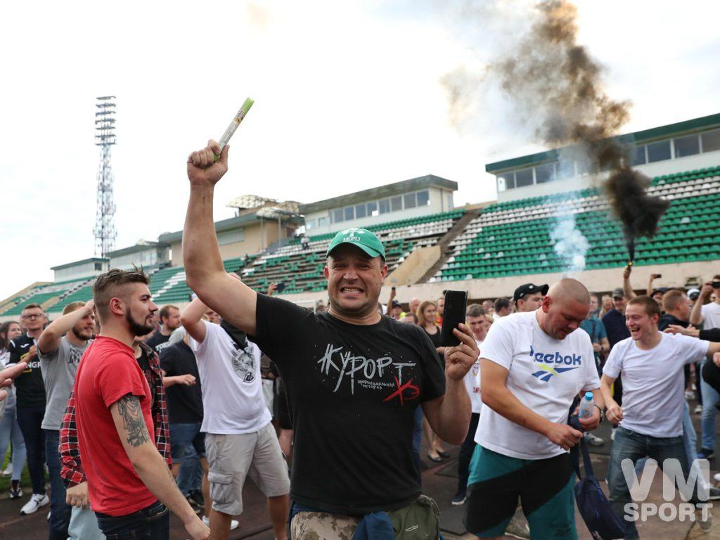 Торпедовцы попрощались с легендарным стадионом