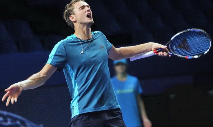 Даниил Медведев выиграл итоговый теннисный турнир ATP