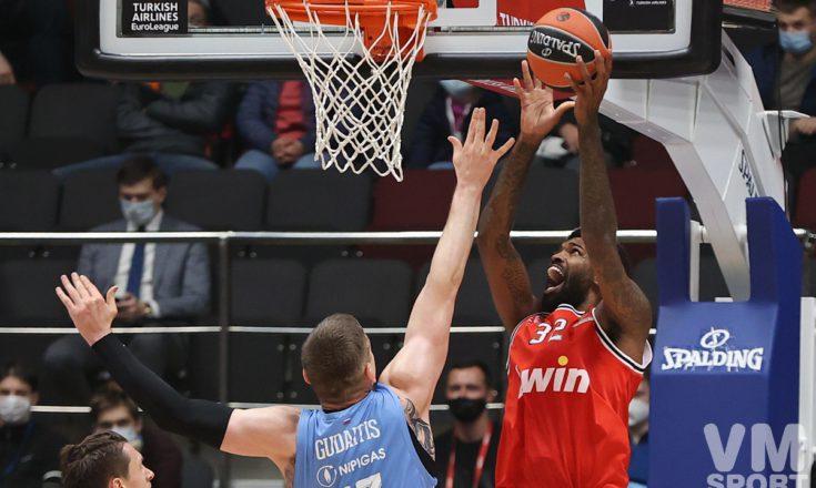 «Зенит» терпит первое поражение в сезоне