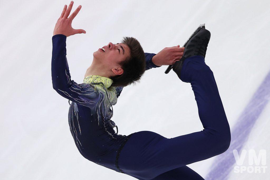 Квителашвили выиграл короткую программу на Гран-при по фигурному катанию