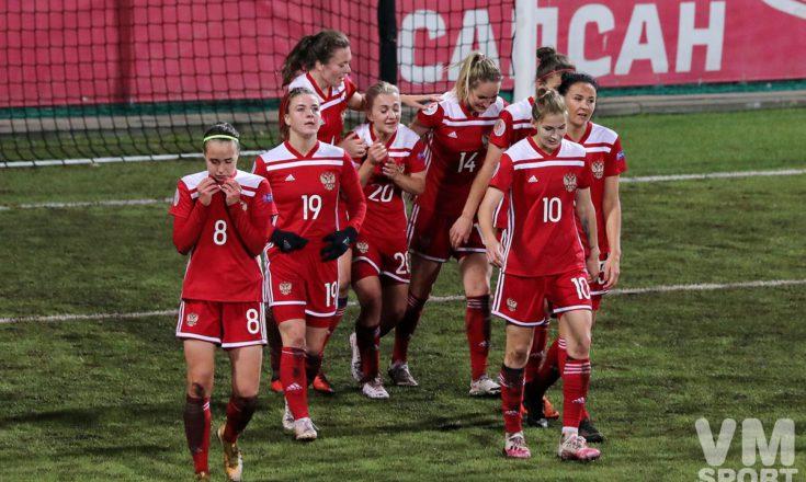 Девчата из России сыграют с косоварками