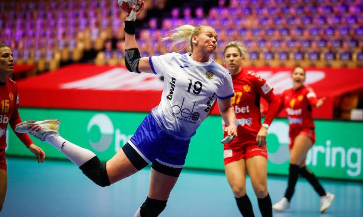 Россия в упорной борьбе обыграла Черногорию на Евро-2020