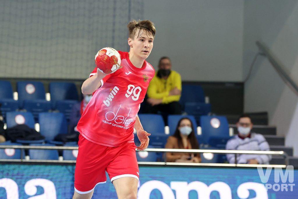 Россия завершает Групповой этап победой над Южной Кореей