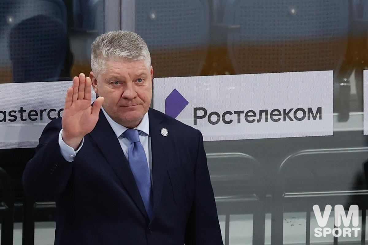 Юрий Михайлис. ХК Барыс