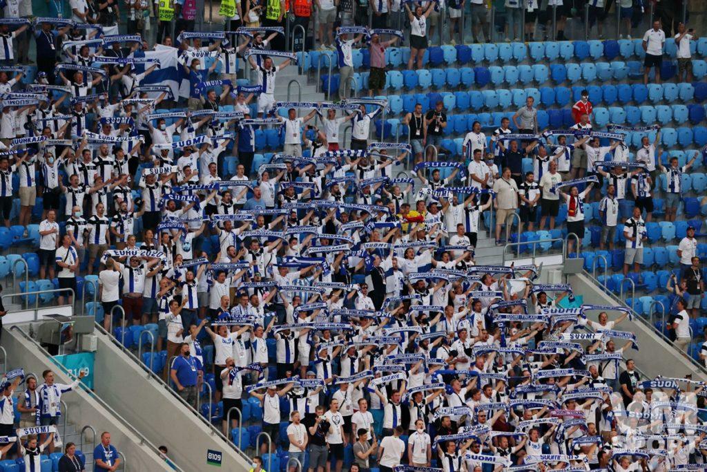 Футбол. ЕВРО-2020. Сборная Финляндии. Болельщики