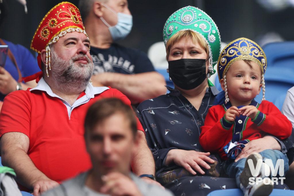 Футбол. Сборная России. Болельщики