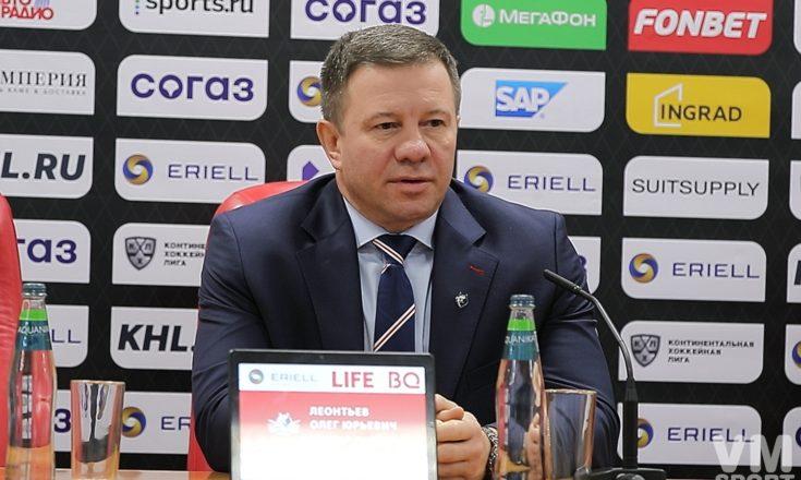 Олег Леонтьев. ХК Нефтехимик